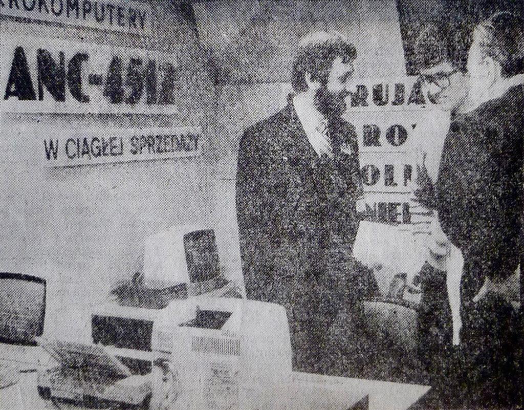 Zestaw komputerowy ANC 4512 (Bosman 8) nastoisku przedsiębiorstwa Matex naogólnopolskiej giełdzie komputerowej Balcom 87' whali Olivia .